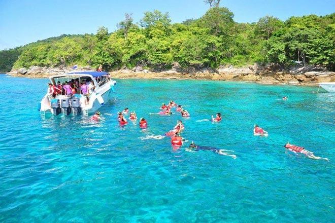 Raya & Coral + Water Sports